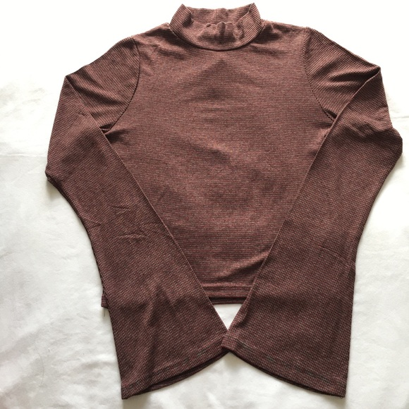 American Eagle Outfitters Tops - AE Don't Ask Why Cropped Top
